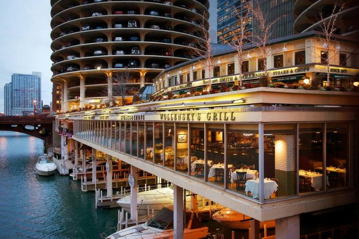 Smith & Wollensky and Wollensky's Grill on the Chicago River