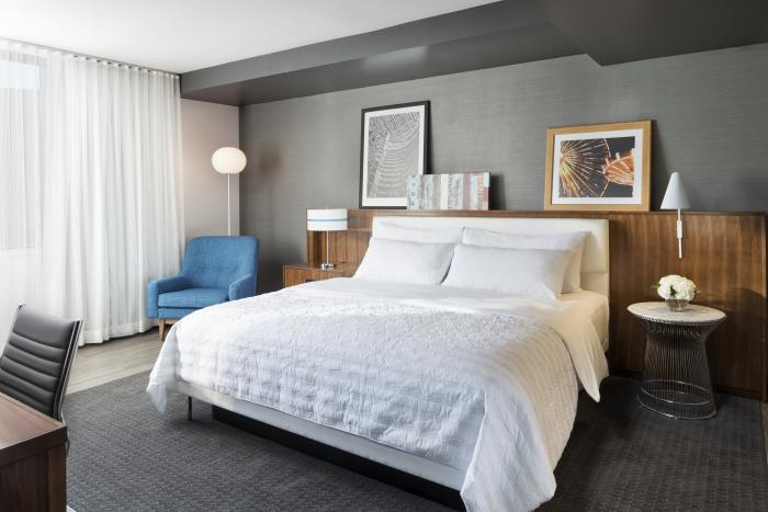 Staycation in the suburbs at Le Méridien Chicago - Oakbrook Center 1