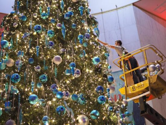Museum of Science and Industry Christmas Around the World Grand Tree [Alison Neidt Toonen, Museum of Science and Industry]