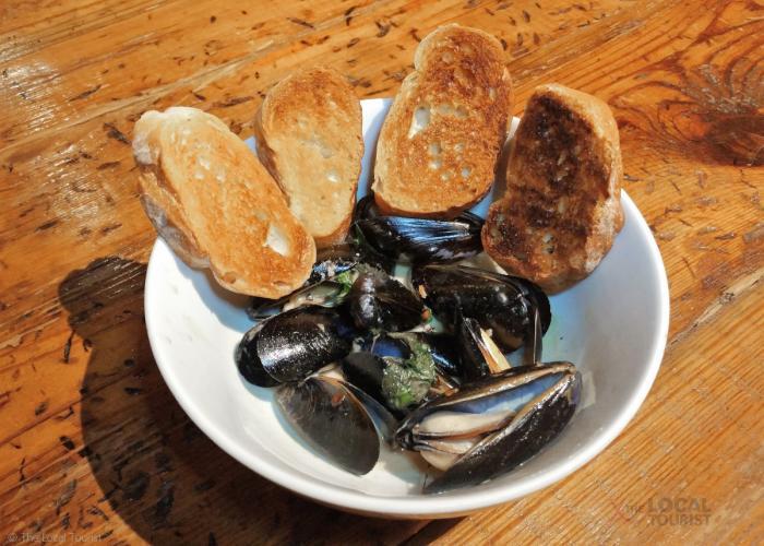 Basil Cream Mussels