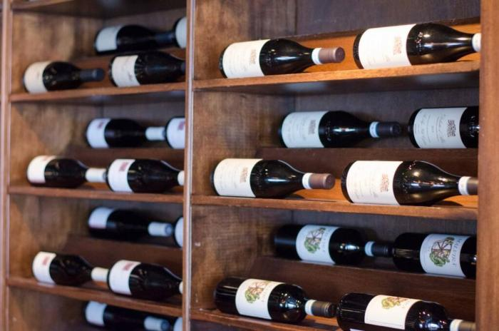 Wine rack at Eno Wine Bar in the Intercontinental Hotel Chicago