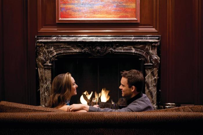 Chicago's Coziest Bars with Fireplaces 2