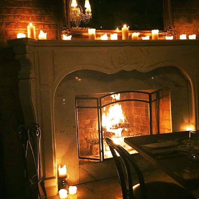Chicago's Coziest Bars with Fireplaces 4