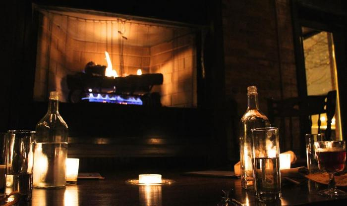 Chicago's Coziest Bars with Fireplaces 5
