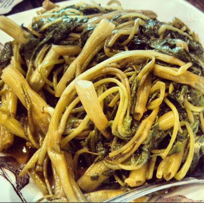 Garlic On Choy at Go4Food (Photo by Gourmet Rambler)