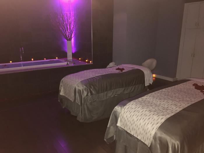 Couples Journey massage tables