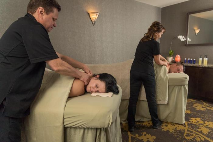 The Spa at Eaglewood Resort Couples Massage_Photo Credit Eaglewood Resort and Spa