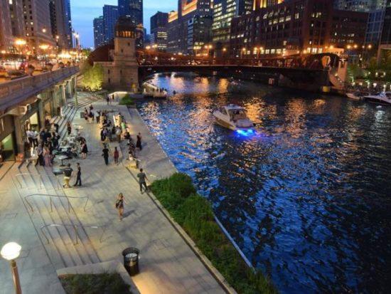 Tiny Tapp on the Chicago Riverwalk