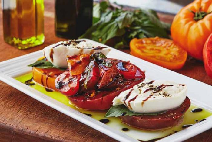 pinstripes-spring-menu-burrata-caprese-salad