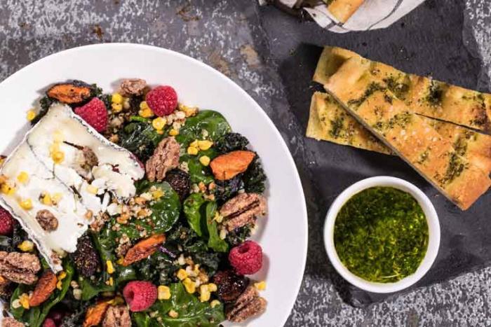 pinstripes-spring-menu-farmers-market-salad