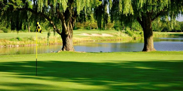 Golf in Highland Park