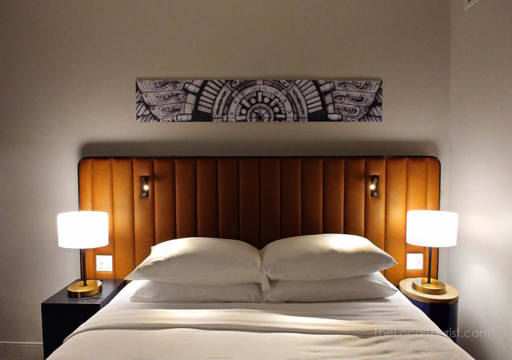 King-sized bed in downtown Chicago hotel