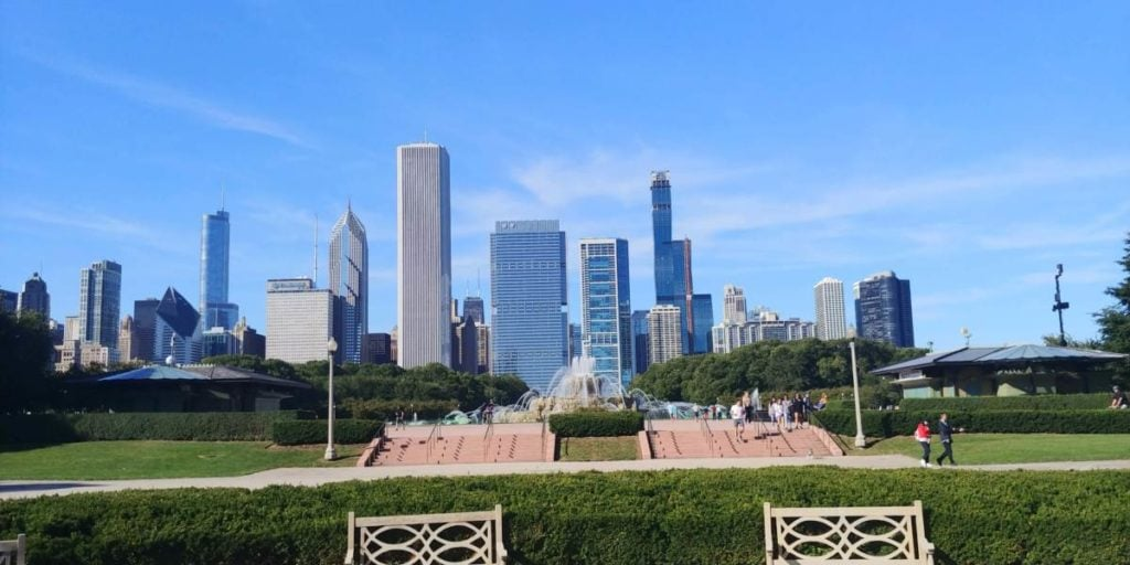 Looking north to Buckingham Fountain from the rose garden in Grant Park