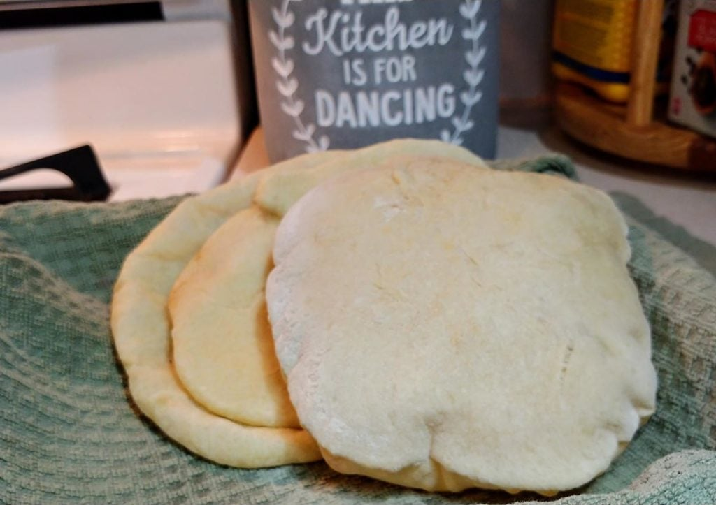 Beautiful, puffy pita bread