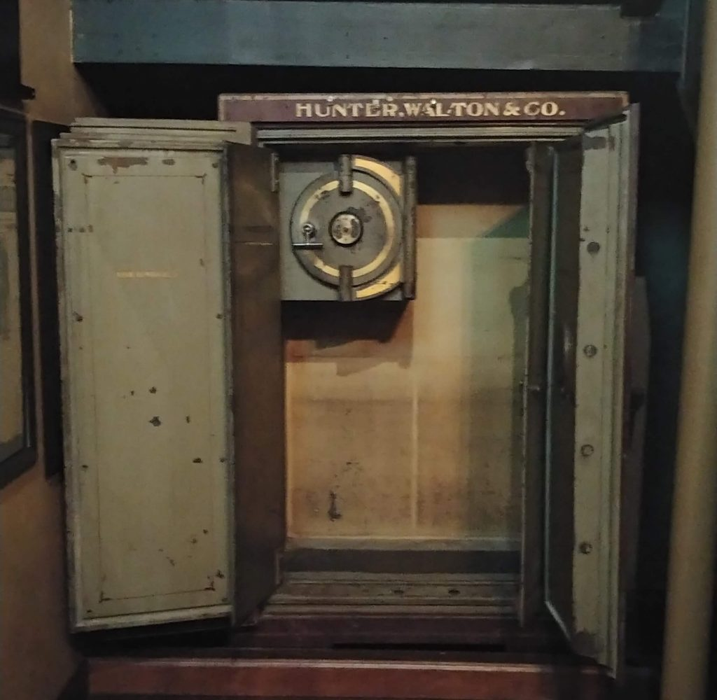 Hunter, Walton and Co safe found in the basement of Harry Caray's